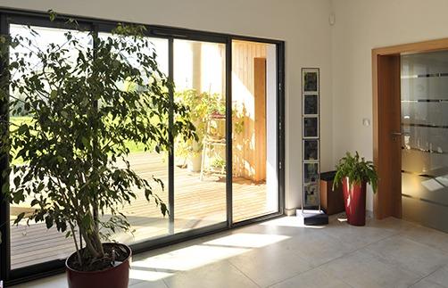 porte fen tre cla 84 tryba. Black Bedroom Furniture Sets. Home Design Ideas